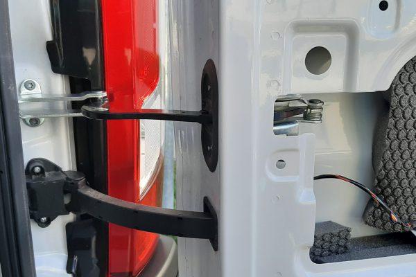 Montage Türfangband Fiat Ducato Hecktüre